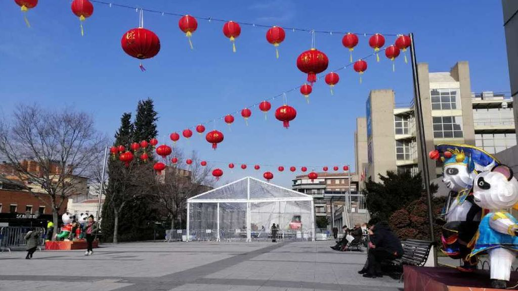 Así se prepara Usera, el Chinatown de Madrid para celebrar el Año Nuevo