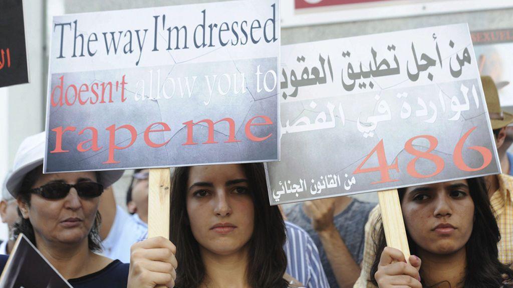 Un grupo de 20 hombres secuestra y viola durante 25 días a una adolescente de 17 años en Marruecos