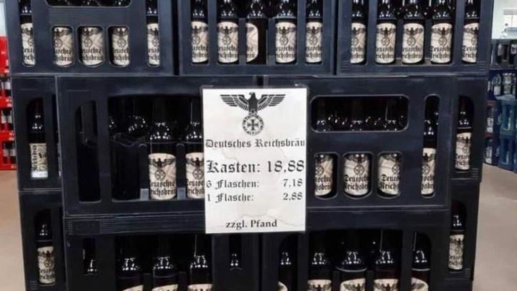 Investigan la venta cerveza con simbología nazi en un mercado de bebidas en Alemania