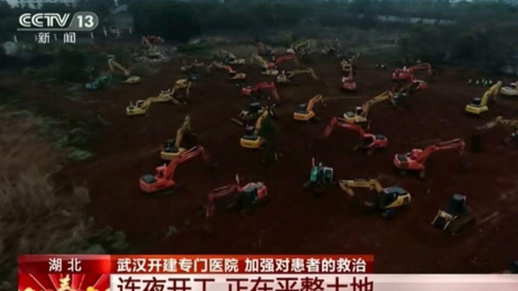 Hospital en tiempo récord en Wuhan