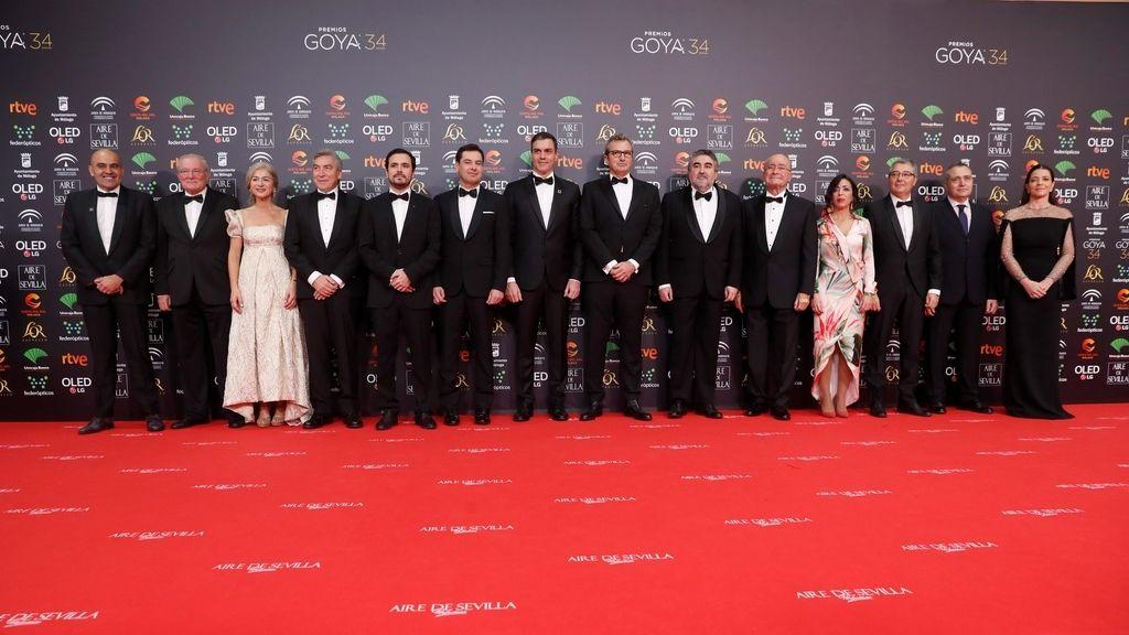 El presidente del Gobierno, Pedro Sánchez, y otras autoridades en la alfombra roja de los Premios Goya 2020