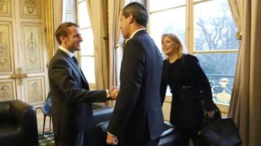 Macron recibe a Guaidó en el Elíseo