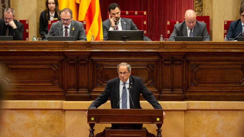 El Parlament retoma su actividad con el escaño de Torra y la desobediencia de Torrent en el aire