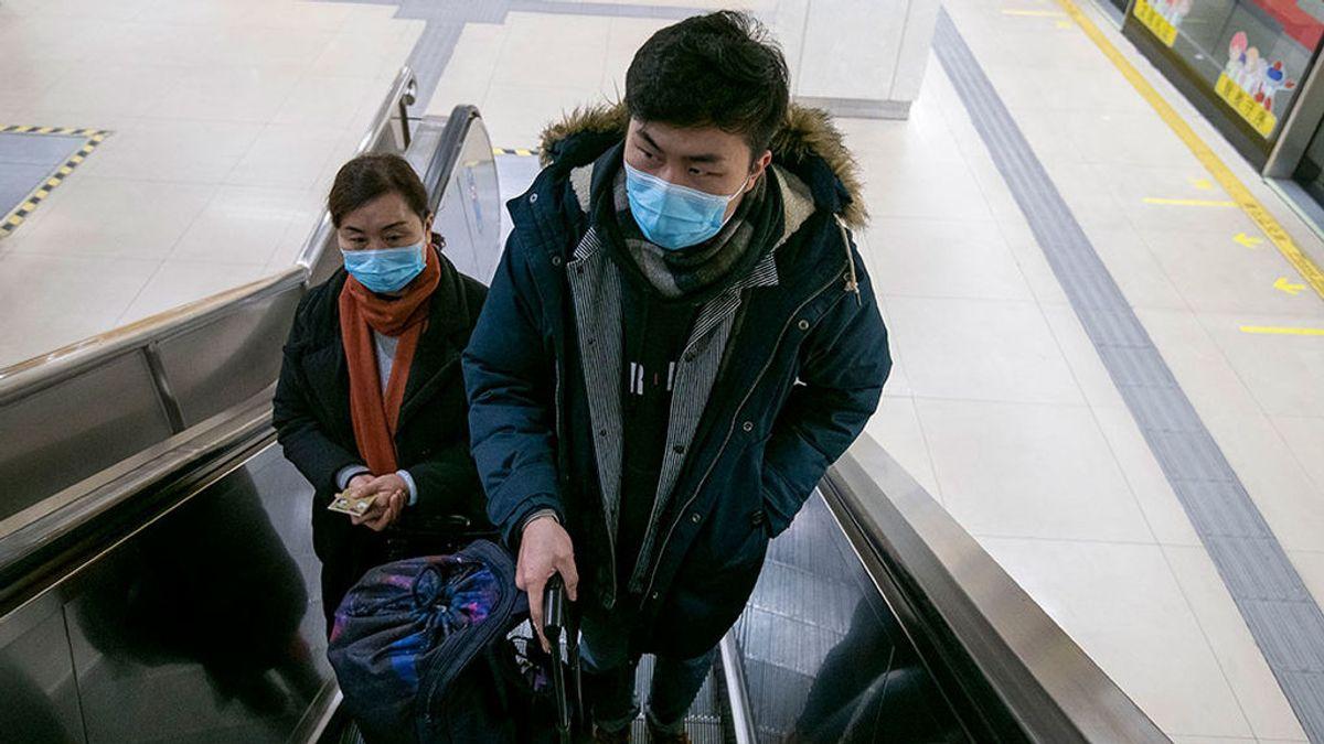 China prepara una vacuna para el coronavirus, que deja ya 56 muertos y 2.000 infectados