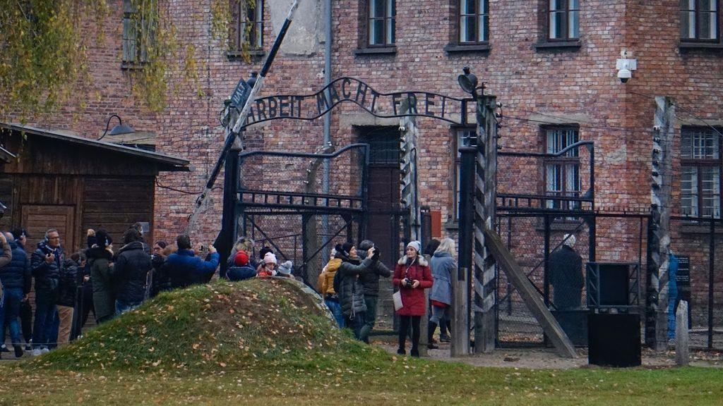 La puerta de Auschwitz I