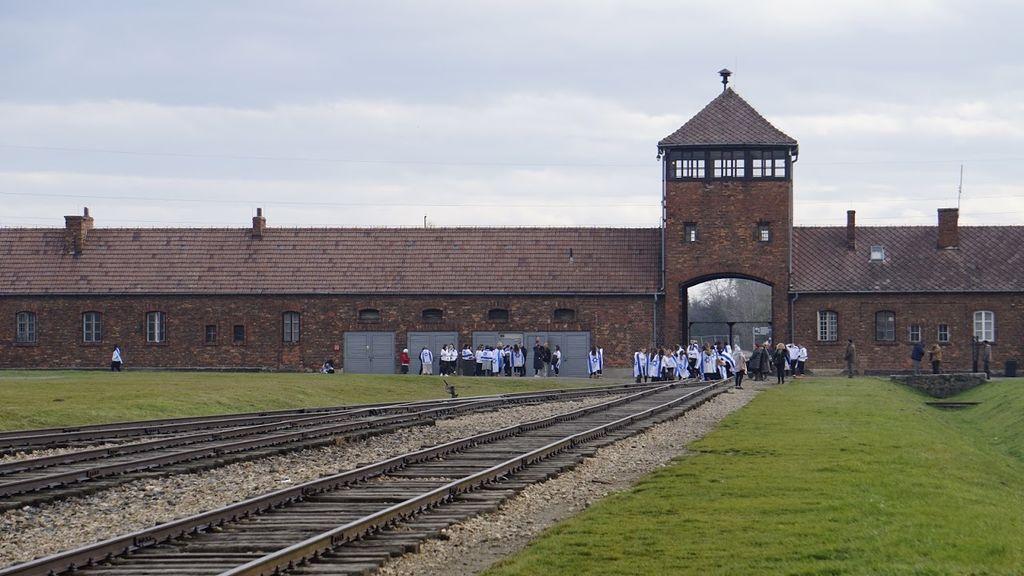 La 'puerta del infierno' de Auschwitz-Birkenau