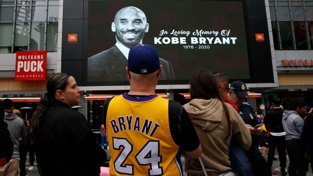 La jornada más triste de la NBA: pausas y aplausos para homenajear al 24