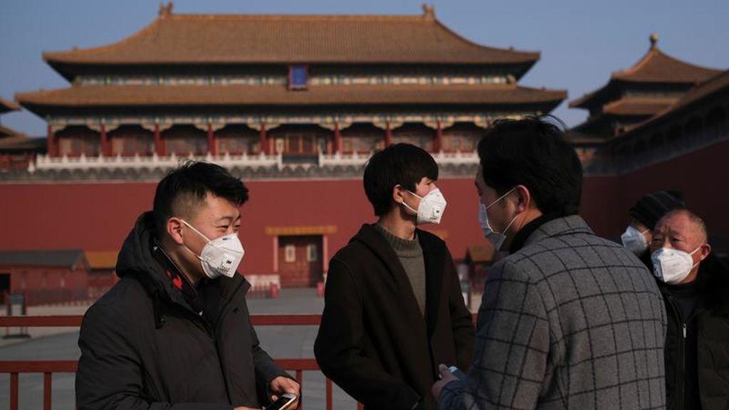 Primera muerte en Pekín por el brote de coronavirus en China: 500 personas en estado crítico