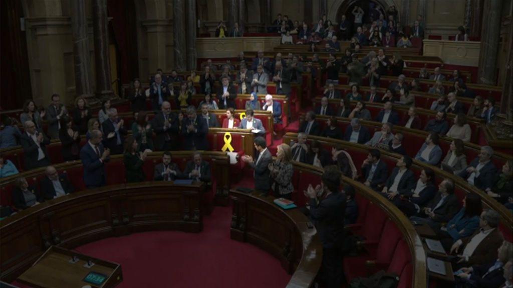 La batalla a muerte independentista deja mudo al Parlament