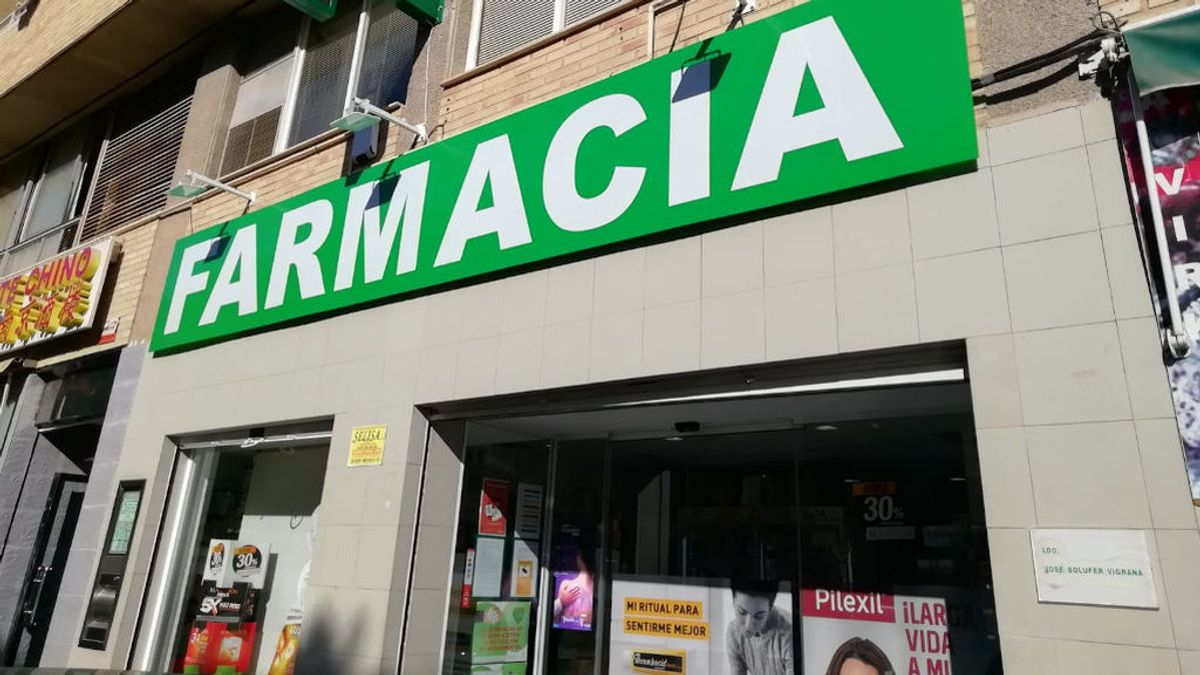 Las farmacias de Alicante agotan las mascarillas protectoras por el brote de coronavirus