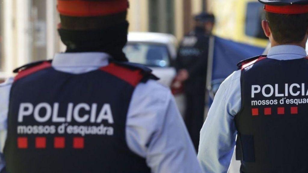 Detienen a un hombre en el aeropuerto de Barcelona tras encontrar muerta a su pareja