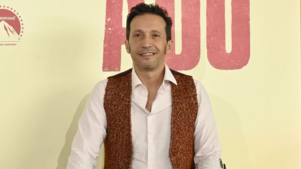 """Salvador Calvo, director de 'Adú': """"Ninguna valla puede parar a nadie cuando su necesidad de supervivencia es tan imperiosa"""""""