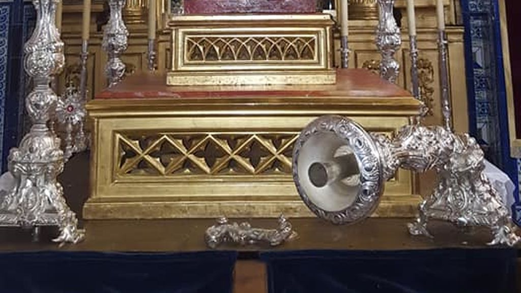 Robo parroquia Carrion