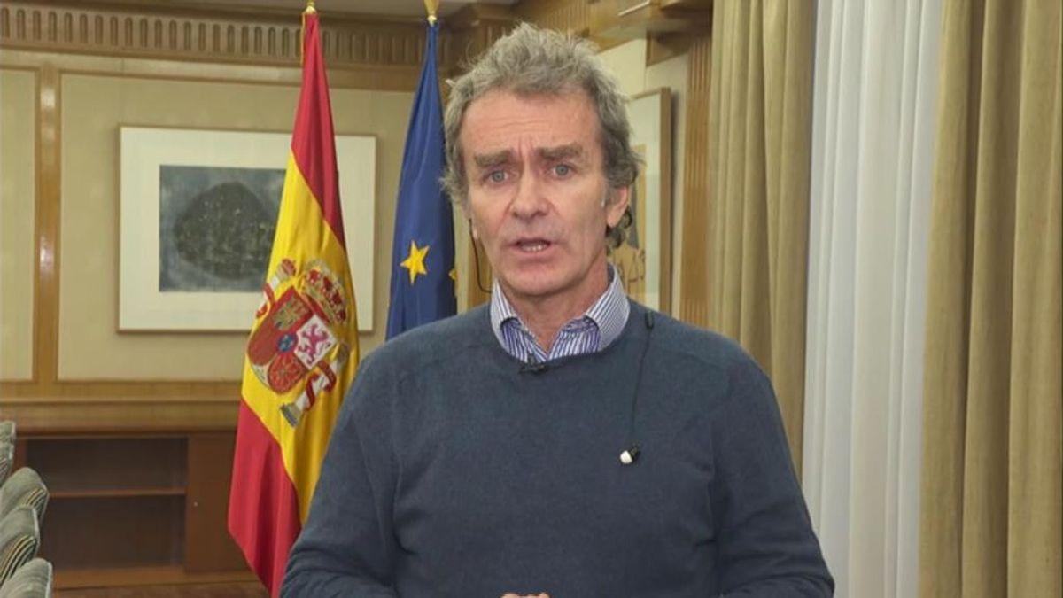 """Fernando Simón: """"No es un virus excesivamente letal pero se trasmite más rápido de lo que pensábamos"""""""