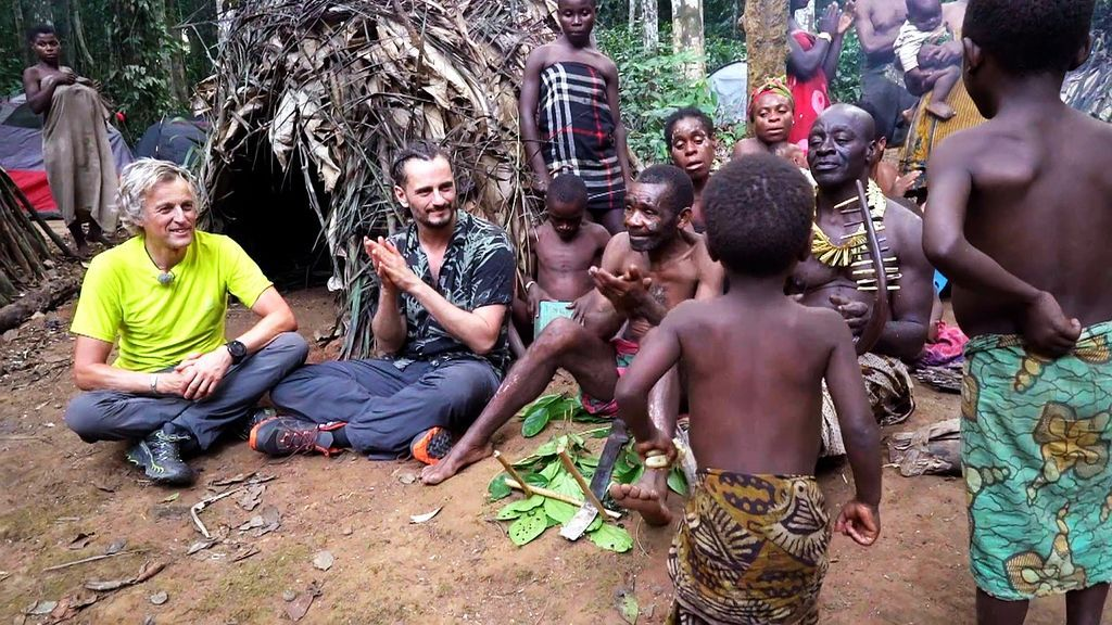 Descubriendo a los Baka en Camerún, con Asier Etxeandía Planeta Calleja Temporada 7 Programa 45