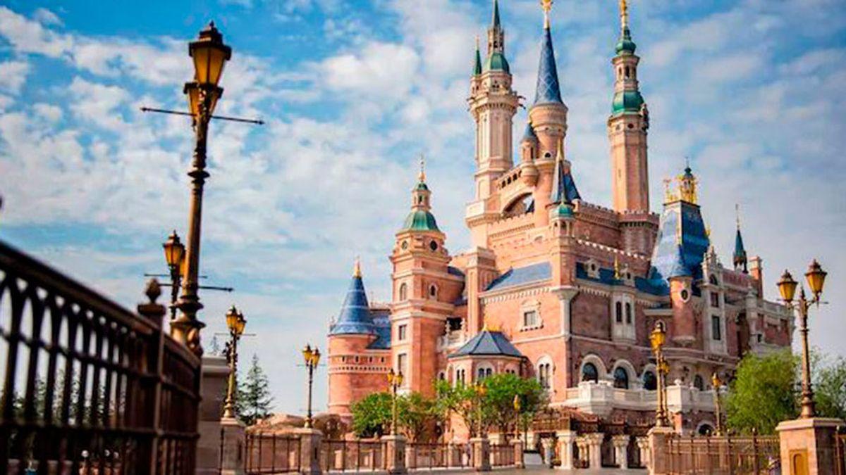 Clausuran el parque temático de Shanghai Disneyland debido al coronavirus de Wuhan