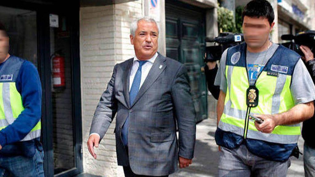 Caso Ausbanc:  Luis Pineda y  el exlíder de Manos Limpias Miguel Bernad, en el banquillo