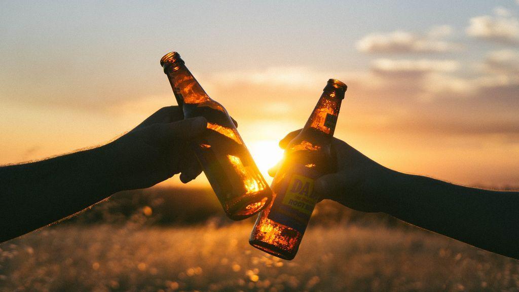 Hay gente que cree que el coronavirus tiene algún tipo de relación con una cerveza