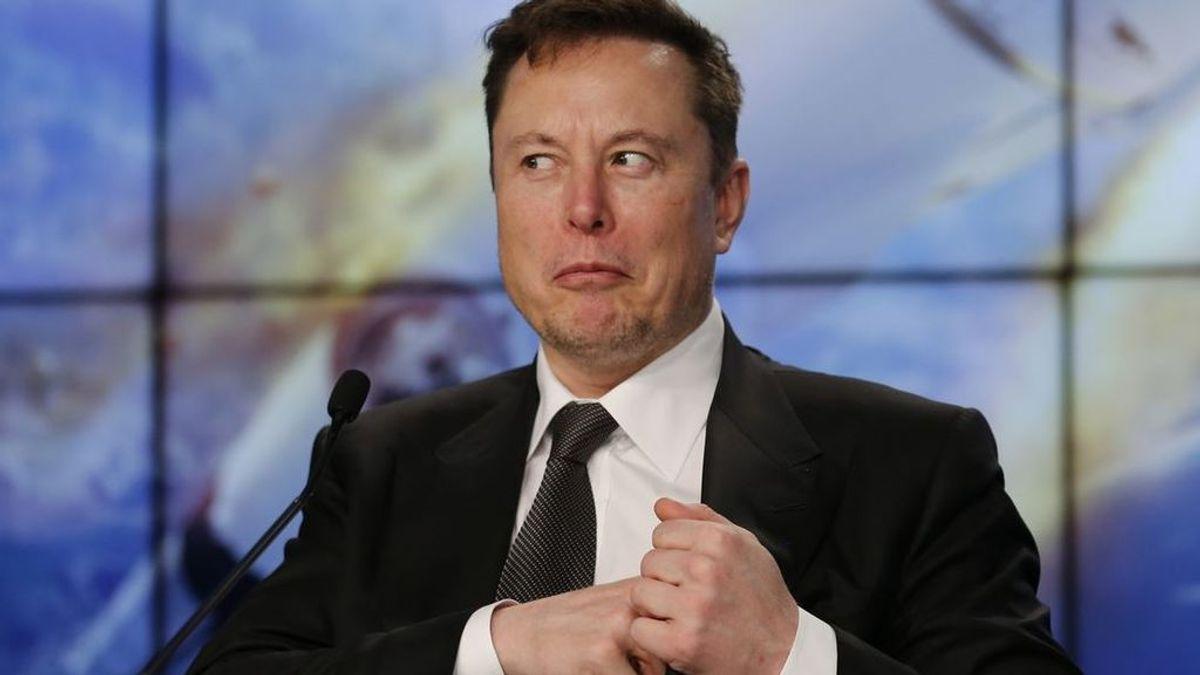 Elon Musk el dueño de la primera compañía que volará a la Luna, suma 2.300 millones de dólares en solo una hora