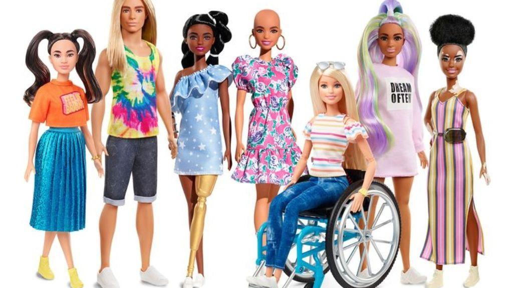 Barbie se hace más inclusiva con sus nuevas muñecas con vitíligo, prótesis o sin pelo