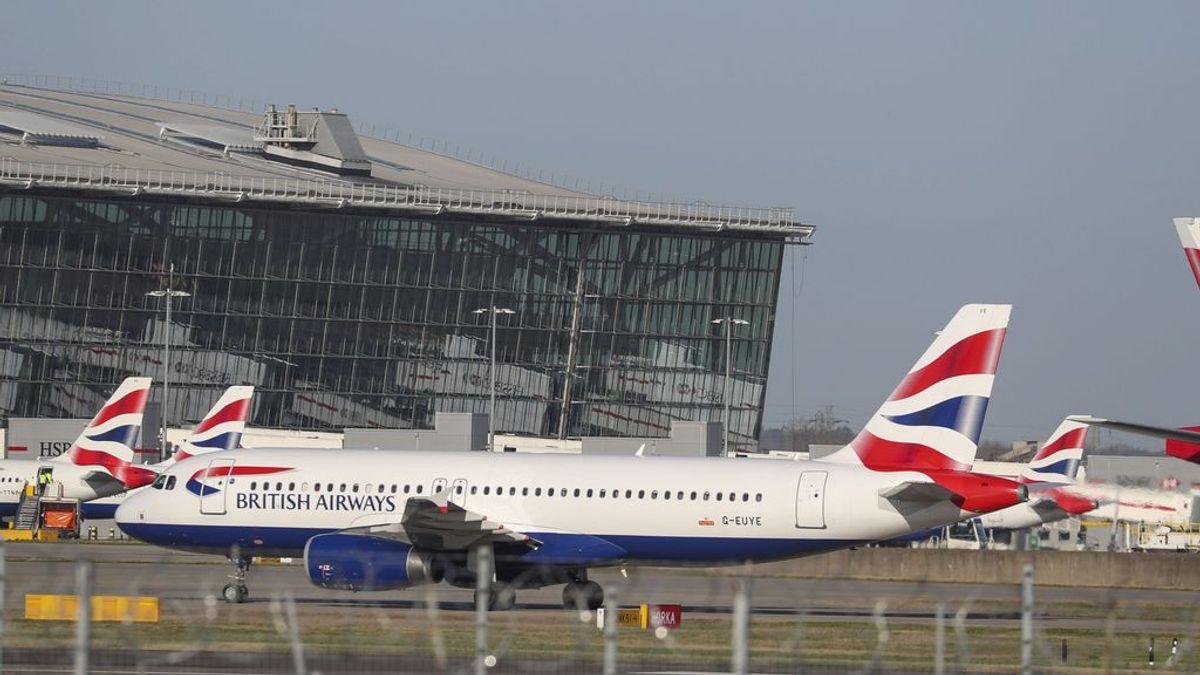 Detienen un avión en Heathrow por posibles casos de coronavirus