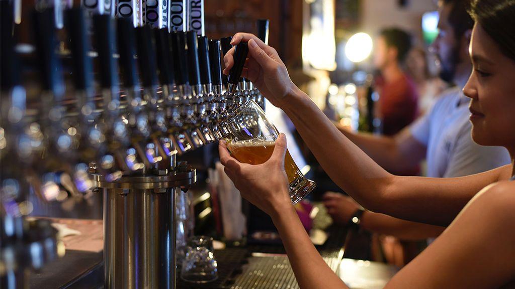 La cadena Wetherspoon ofrecerá un mes de descuento en alcoholes europeos y británicos por el Brexit