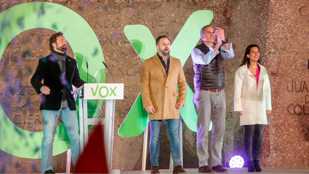 Sangría en Vox: más de medio centenar de dirigentes dimite en cuatro meses
