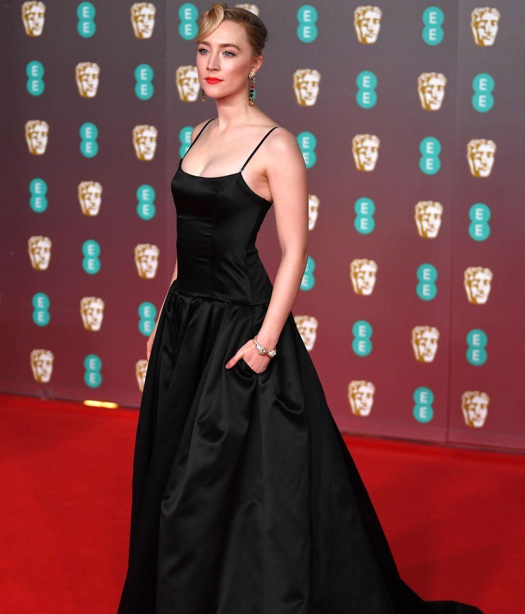 Saoirse Ronan en la alfombra roja de los Premios Bafta 2019
