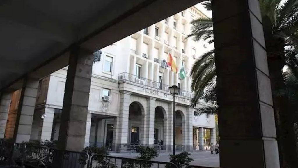 15 años de prisión para un hombre por violar, pegar y amenazar a su hija desde los cinco años en Sevilla