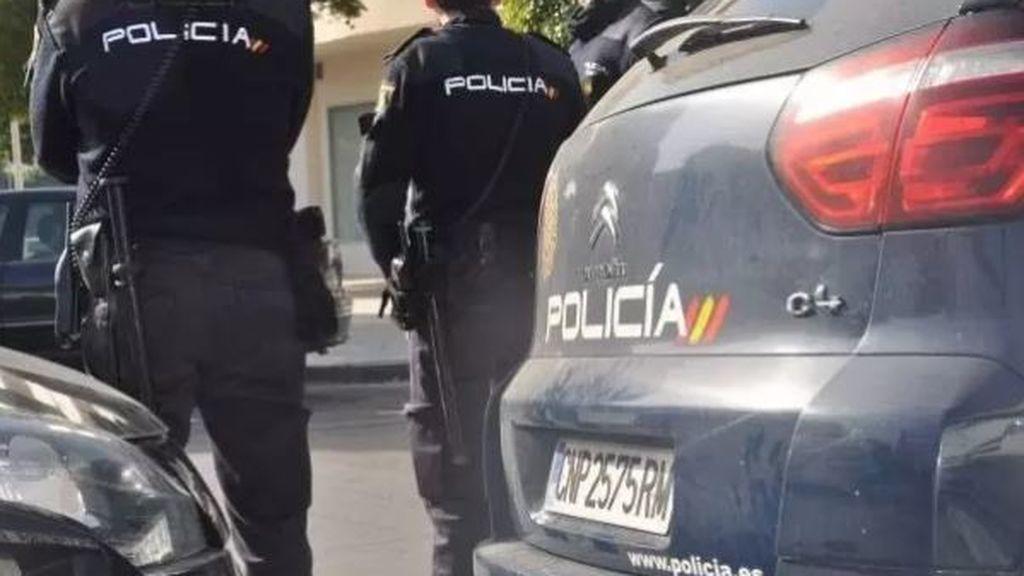 Detienen a un hombre de 37 años por agredir a su pareja y al hombre que la defendió en Vigo