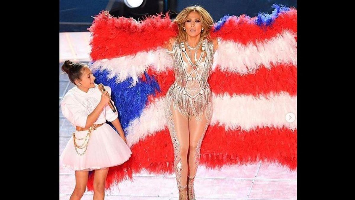 La gran sorpresa de la Super Bowl: Jennifer López canta junto a su hija, Emme