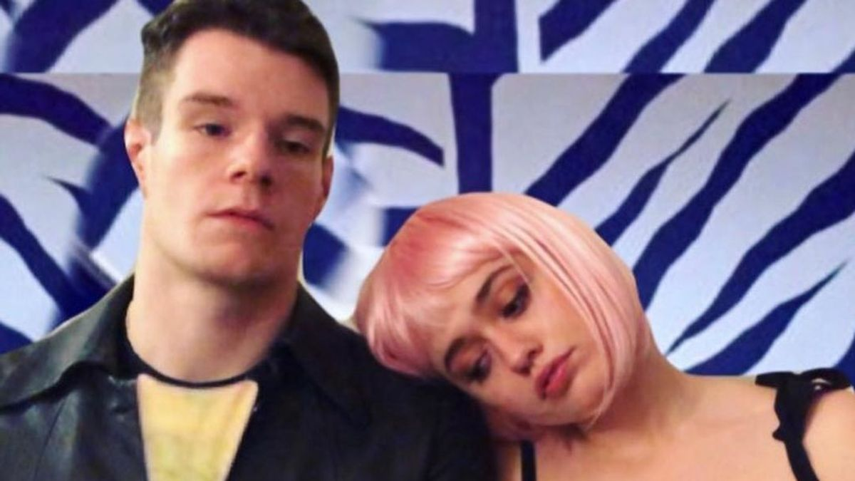 Aimee Lou Wood y Connor Swindells, de 'Sex Education', son pareja