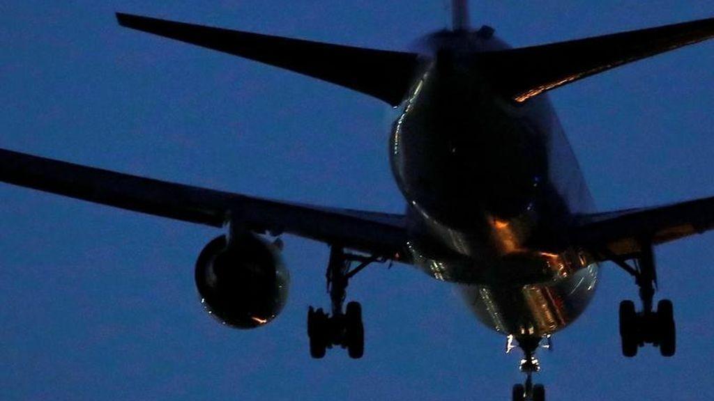 Los aterrizajes de emergencia son habituales y pasan desapercibidos, según los expertos