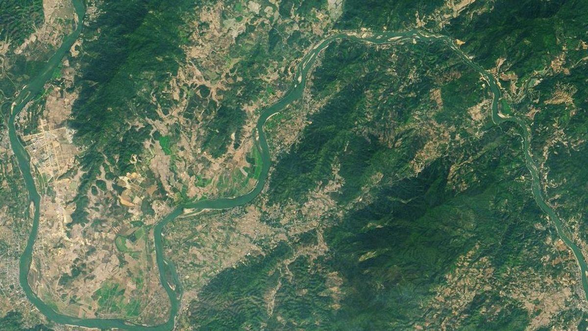 El río Mekong cambia de color y se pone verde