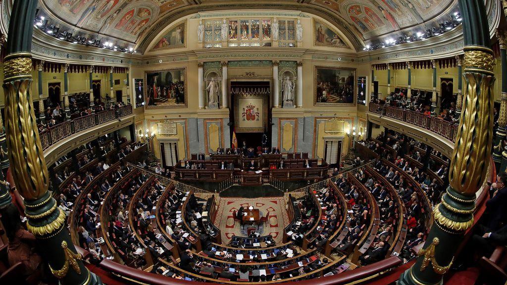 La Mesa del Congreso aprueba hoy subir el sueldo de los diputados un 2%, igual que los funcionarios