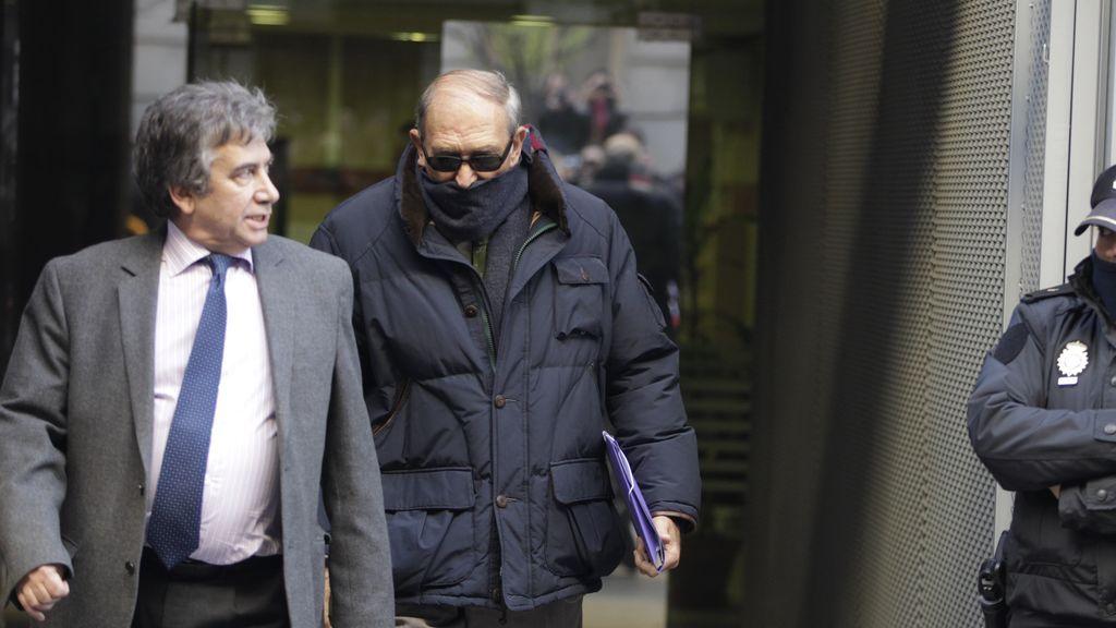 """Podemos pide """"disculpas avergonzadas"""" por vetar que el Gobierno difunda datos del torturador 'Billy el Niño'"""