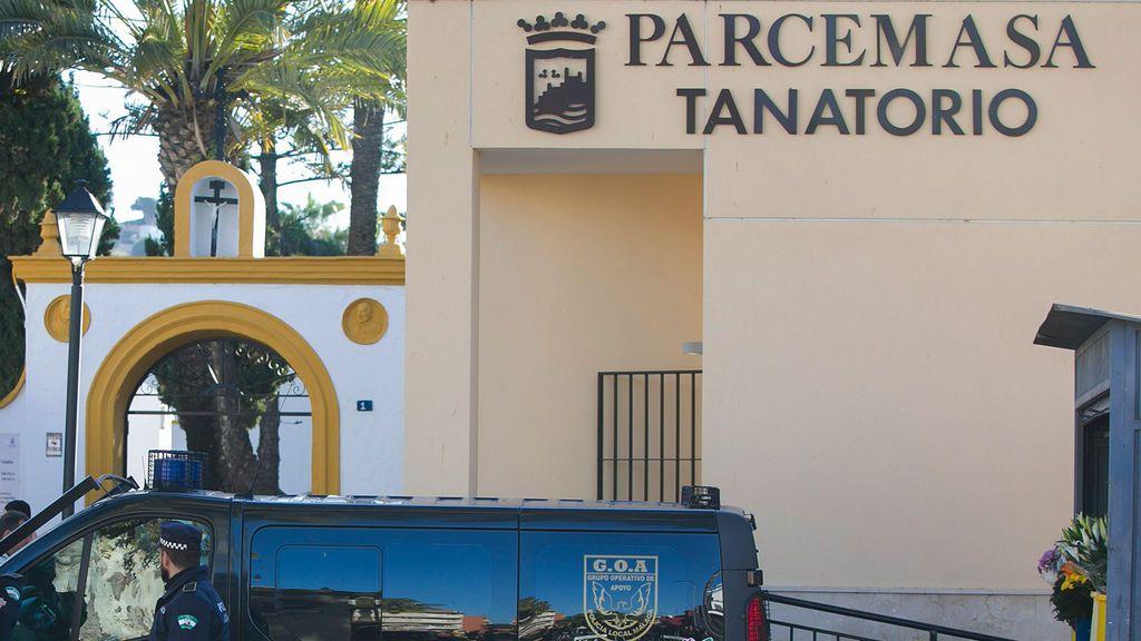 Apuñala a su cuñado y le produce cortes en el cuello y la cara durante el velatorio de un familiar en Málaga