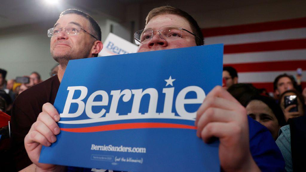 Caos en las primarias demócratas en Iowa:  Resultados retrasados por un fallo en la aplicación que cuenta votos