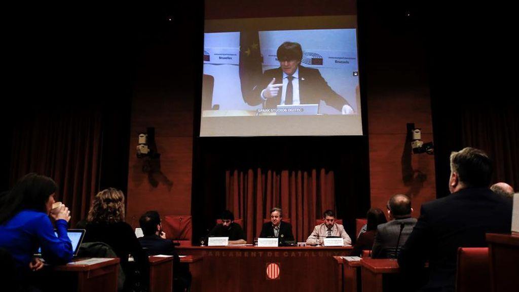 """Puigdemont dice que la DUI fue """"la única opción digna"""" ante el 155 del Gobierno de Rajoy"""