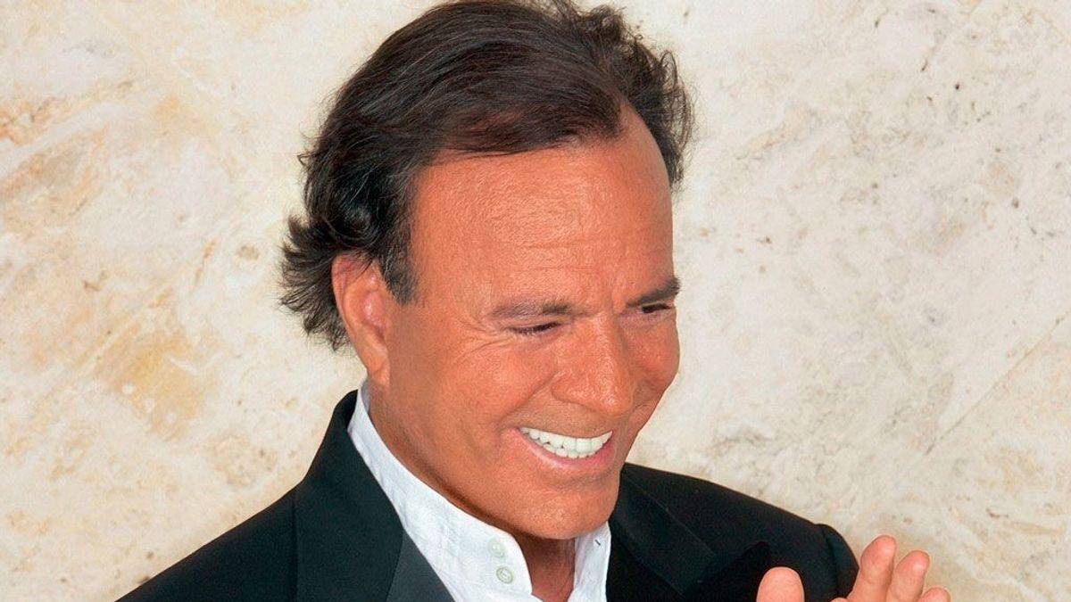 Las entradas para ver a Julio Iglesias en Sancti Petri alcanzan los 2.300 euros