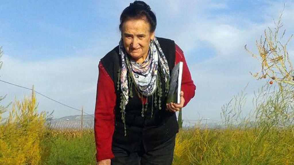La historia de 'La Tilli': 80 años, campesina, analfabeta… y escritora de cuentos para niños