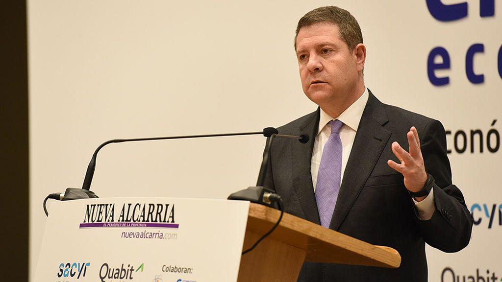 García-Page y Lambán, dos barones socialistas, en pie de guerra contra el Gobierno por la devolución del IVA