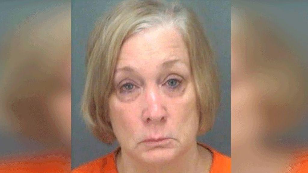 Detenida por agredir con una pistola eléctrica a su marido después de que le dijese que quería romper con ella