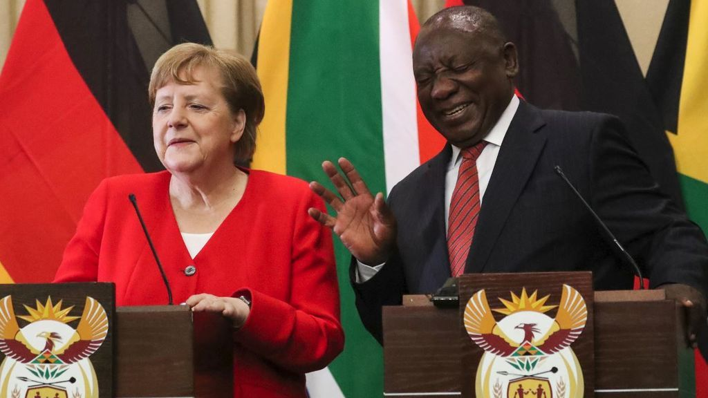 Merkel pide revocar la elección del primer ministro de Turingia al que respaldó AfD