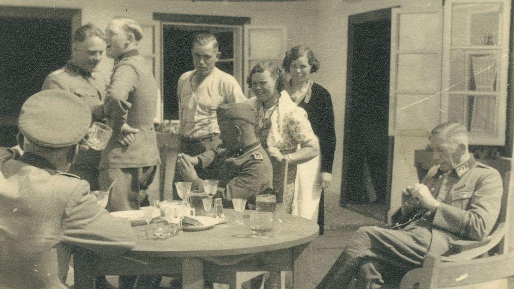 Asueto, risas y exterminio: sale a la luz la intimidad de los autores del Holocausto en Sobibor