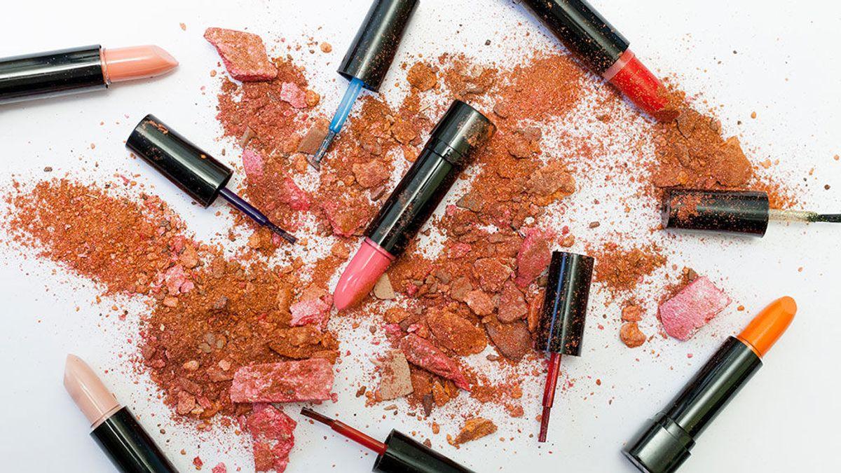La OCU advierte de la presencia de sustancias tóxicas en algunos pintalabios