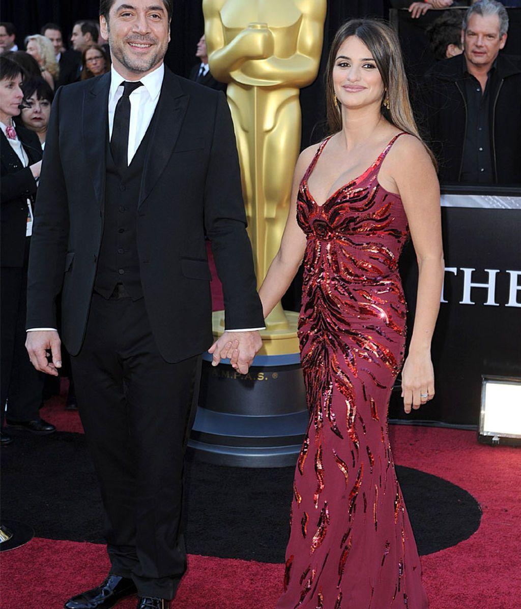 Penélope Cruz con Javier Bardem, en los Oscars de 2011