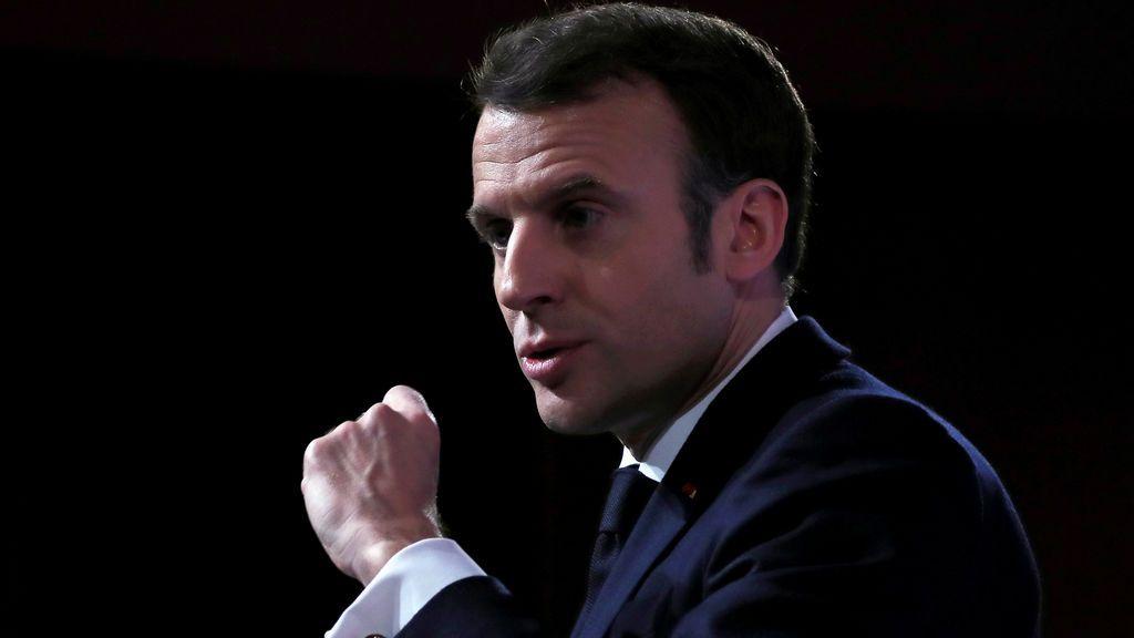 Macron dispuesto a defender Europa con su armamento nuclear