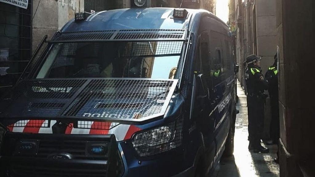 Detienen a 12 personas en un operativo contra narcopisos en Barcelona