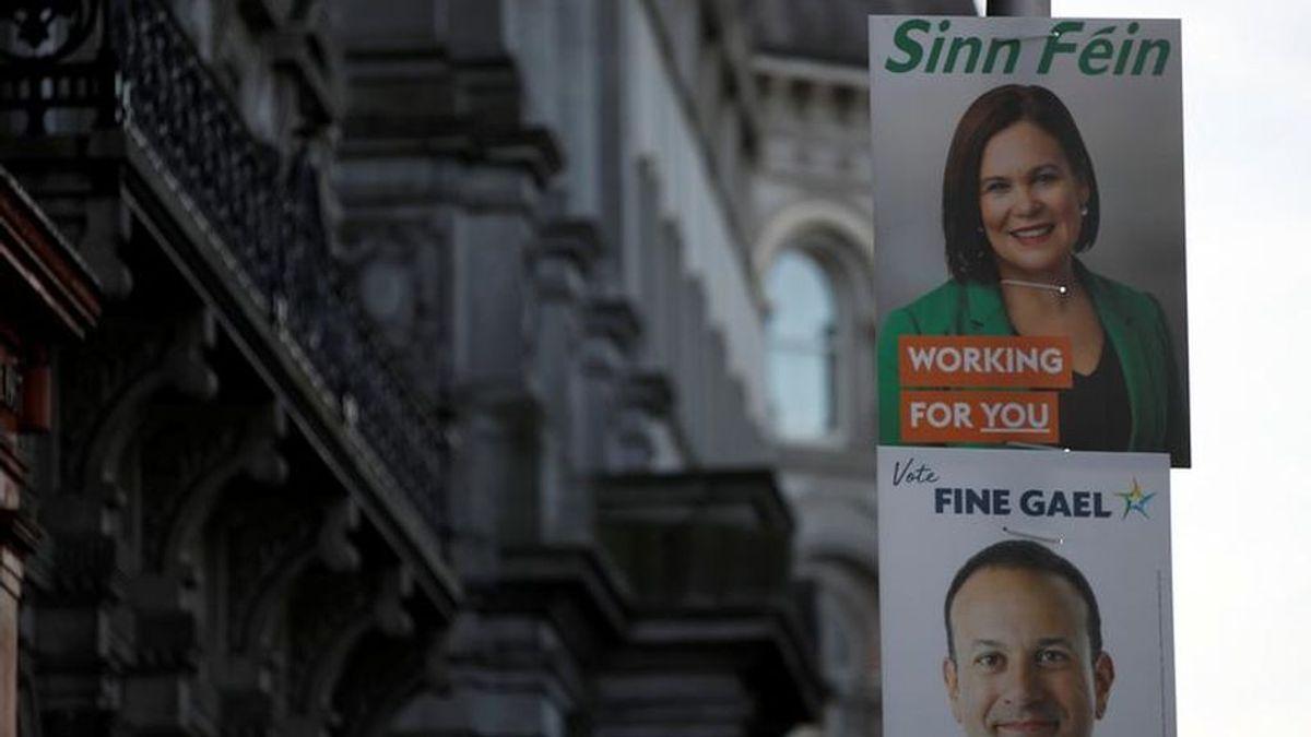 Abren los colegios electorales en Irlanda para una jornada electoral que se espera que acabe sin mayorías